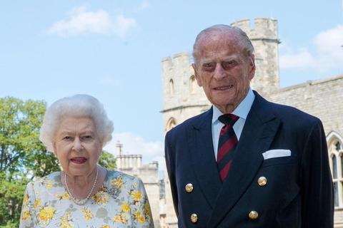 英国女王将接种辉瑞新冠疫苗,因年龄问题提前接种