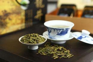 属于龙井茶