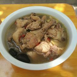 清炖土鸡的做法(清炖鸡汤的做法)