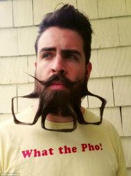 趣味搞笑 胡子上的创意