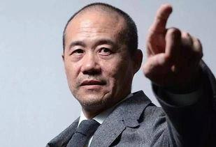 王诗雅,农历生日1990年12月初9早晨7点,帮忙测名字是否与八字五行(免费