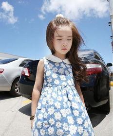6岁韩国小萝莉超龄撩人美照走红 网友 萌翻了