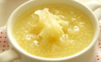 银耳香梨大米粥的做法是怎样的 银耳香梨大米粥怎么做
