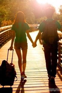 两个人在一起是甜蜜的 情侣唯美背影大全