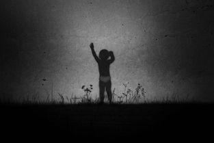 ...晓亮作品《一个期待或者新的奇迹》-黄晓亮 追逐一个未醒来的梦 3