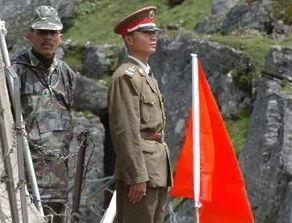 近期中国军队对峙武警,实拍中印两军边境对峙一张霸气照片