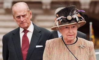 """菲利普亲王永远是英女王伊丽莎白二世的""""贤内助""""。"""