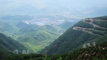 升级版的莫干山 这个仅有20户人家的村落,需自驾65个弯,常年云雾缭绕