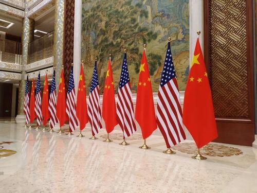 特朗普的最新表态,暗示谈判中一个关键障碍被消除了美国贸易代表莱特希泽前两天在国会说,中美双方将于13日再次通话。