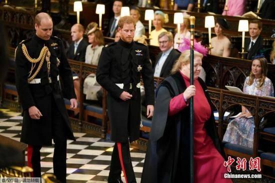 菲利普亲王去世多国政要致哀,哈里预计返英参加葬礼