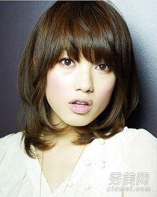 长脸女生最适合11款发型 长发短发都很美