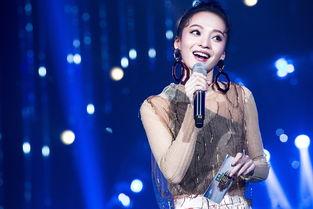 歌手张韶涵发型大盘点,可爱减龄丸子头,动情演绎追梦人