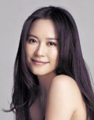43岁俞飞鸿回应感情问题 我没结婚 但很幸福