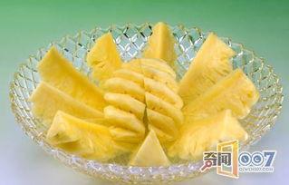 菠萝和芒果能一起吃吗(芒果和波萝能一起吃吗)