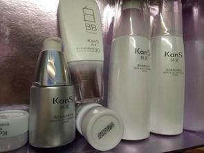 化妆美白应该用什么