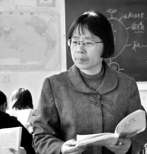 63岁的张桂梅,被学生取了不少外号。