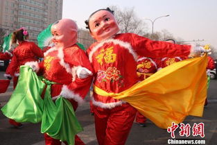 北京 闹元宵 广场舞掀起 最炫民族风