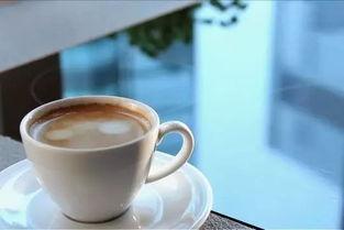 就让一杯奶茶,温暖这个秋天