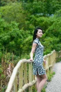 据说穿旗袍就能免门票,景区里拍到的那些旗袍美女 4