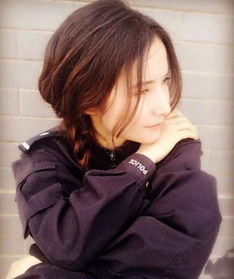 中国最美女警花,16岁入伍,大校军衔,却嫁给了一名保安(www.souid.com)