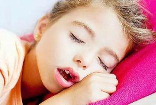 睡觉张着嘴巴的人运气不好怎么办(睡觉时嘴巴长开对命运不好,是坏的
