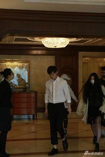 新浪娱乐讯近日,成毅现身北京某酒店。