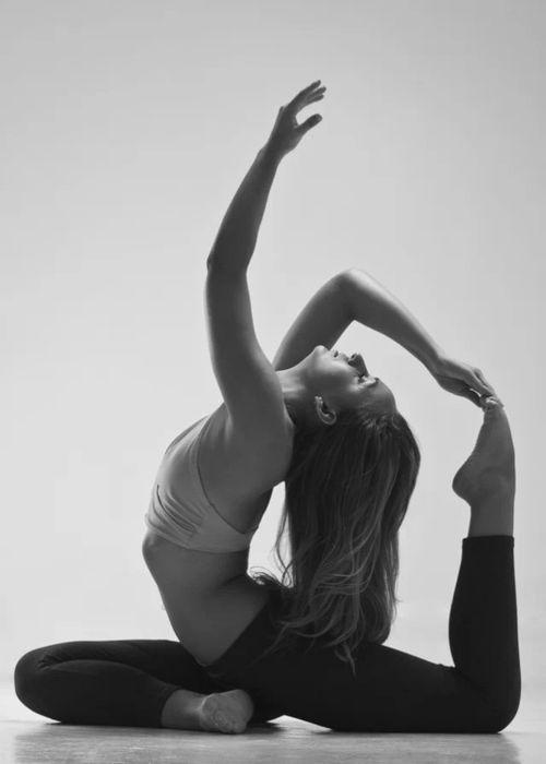拜日瑜伽来姨妈可以做吗