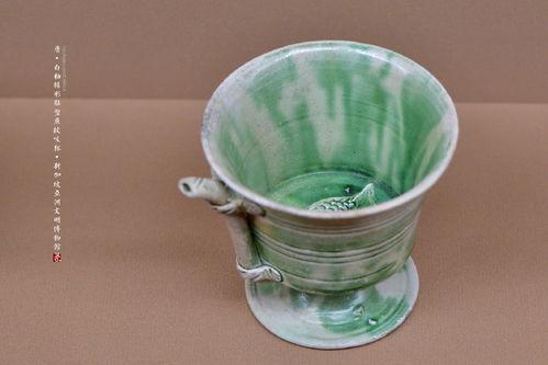 秋天的第一杯奶茶火了看看大清朝喝奶茶需要多少装备