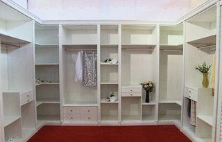大卧室订制衣柜