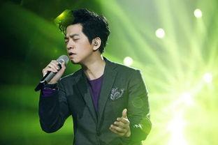 李健十月来杭开唱自爆不做偶像派 帅是化妆出来的