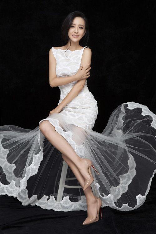佟丽娅婚纱写真