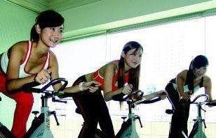 健身房什么样的运动瘦腿