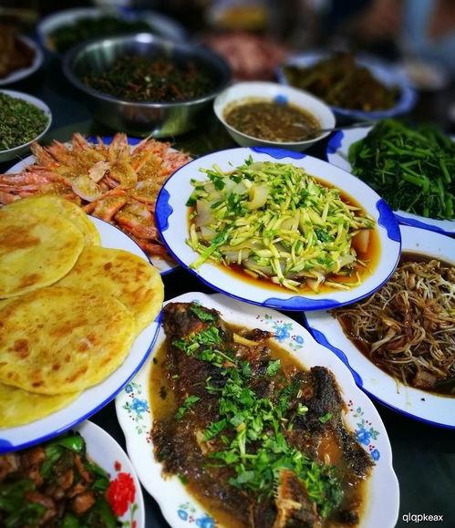 自从青山学会这几道菜,请客再也没下过馆子,简单易做不比下饭店差  言对青山不是青