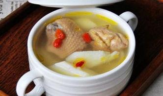 煲鸡汤放什么材料好喝(煲鸡汤要放什么材料好)