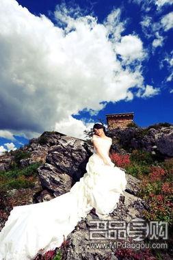 欣赏香格里拉万元婚纱照