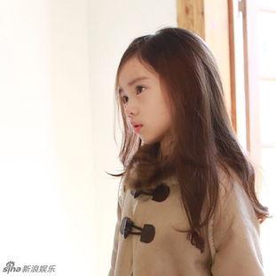 韩国小萝莉粉嫩可爱