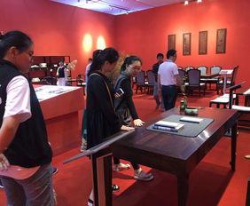 4月东阳,首届中国红木家具展览会免费质检先行赔付让消费者放心买买买