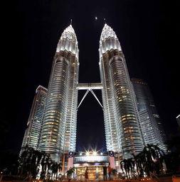 马来西亚双子塔夜景图片