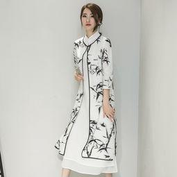 中国风水墨画女装