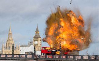 伦敦街头巴士爆炸 原来是成龙拍电影