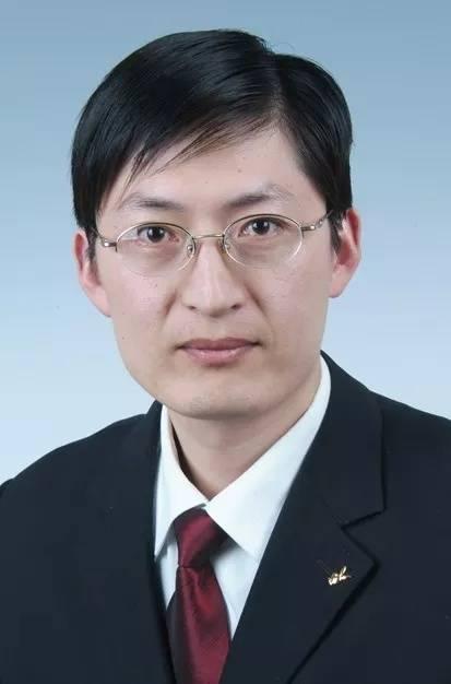 扇打辱骂下属山东威海乳山公职人员徐华伟已被停职