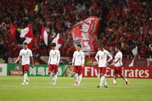 亚冠半决赛上港1:2浦和,这些球迷高兴坏了,看了评论后更心寒!