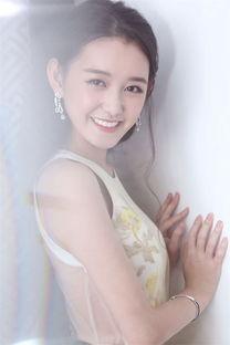 6岁出道演童年杨幂,17岁搭档赵丽颖演楚乔传,关晓彤的好朋友