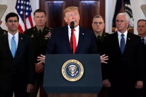 特朗普称将对伊朗施加额外制裁针对伊朗袭击美军驻伊拉克基地,特朗普在白宫发表全国讲话.