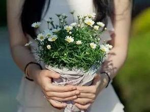 女人突然喜欢养花是为什么