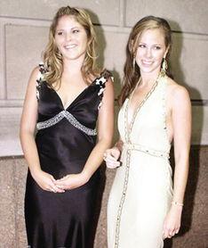 布什的双胞胎女儿芭芭拉和詹娜.