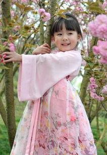 最美萝莉 俄罗斯童模安吉丽娜图集 盘点全球美到爆的小萝莉 组图
