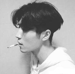 爱上抽烟的冰冷个性寂寞魅力男生头像