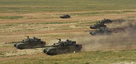 和平使命-2014联合军演中的99改坦克