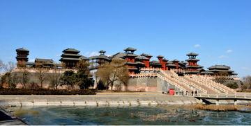 撞星最容易的地方 探班中国十大神秘影视城